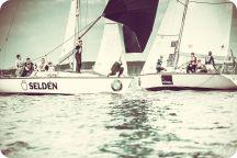 Student Sailing